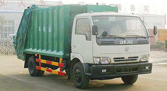 东风多利卡压缩式垃圾车(6-7立方)