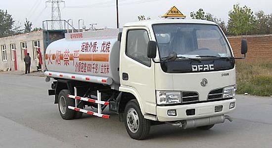 东风金霸新戊烷运输车