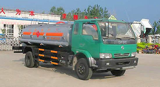 东风康霸双排化工液体运输车