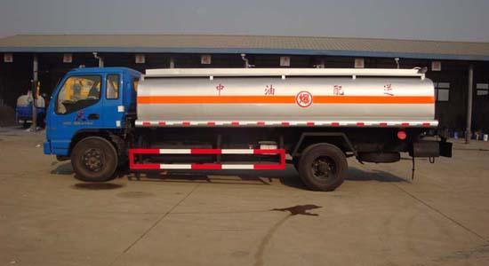 欧曼1120油罐车(12-15立方)
