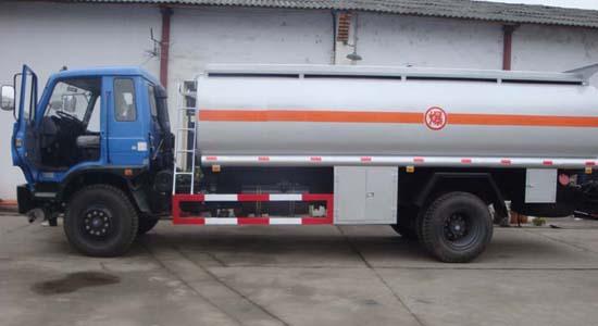 东风145油罐车(16-18立方)