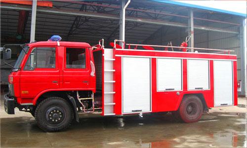 东风145水罐消防车