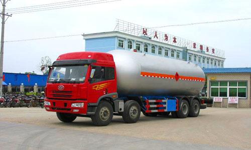 35.5立方解放前四后八液化气体运输车