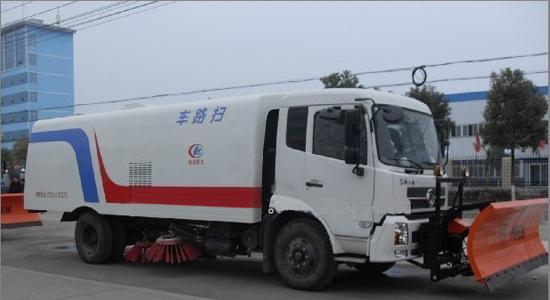 东风天锦推雪扫路车