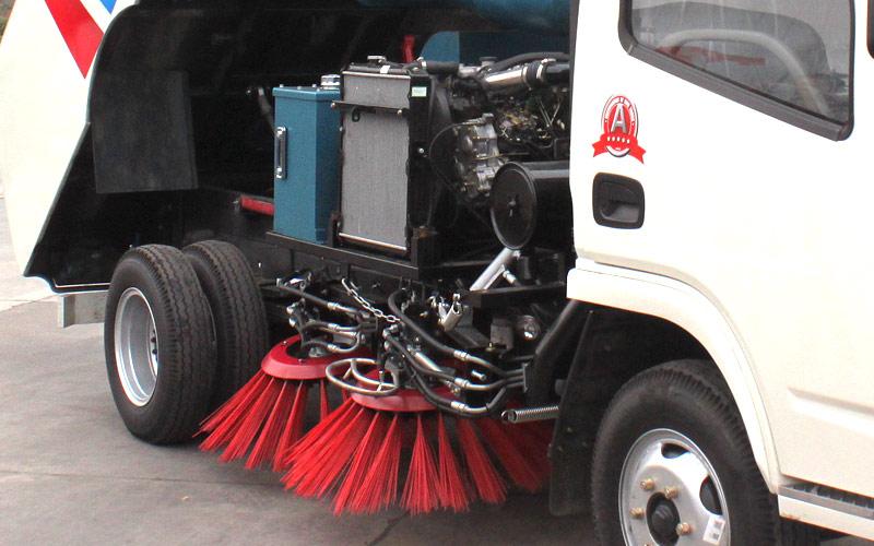 东风福瑞卡扫路车
