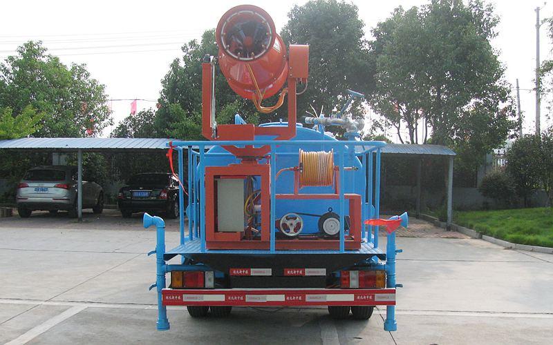 五十铃5吨洒水车
