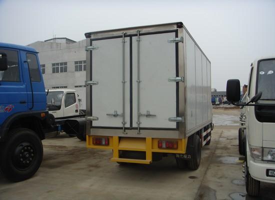 江铃4.1米冷藏车