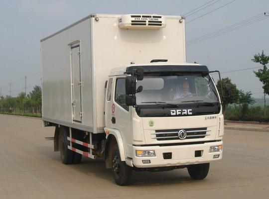 东风多利卡4.1米冷藏车