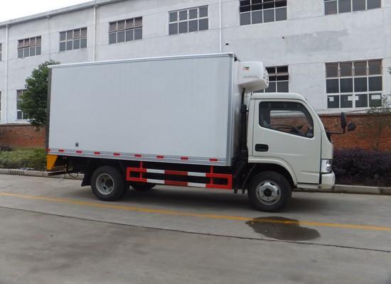 东风福瑞卡4.1米冷藏车