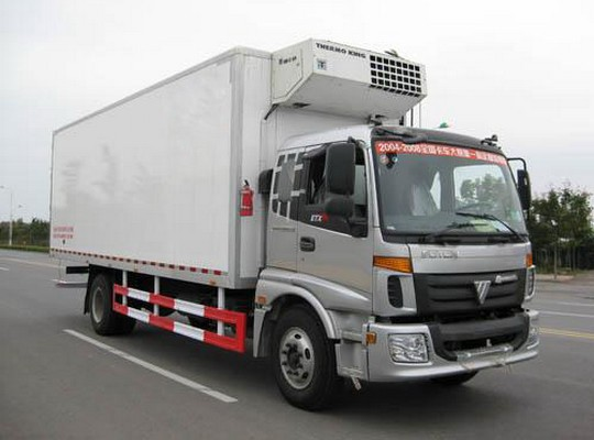 福田欧曼7.5米冷藏车