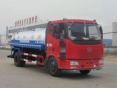 解放J6型12吨洒水车