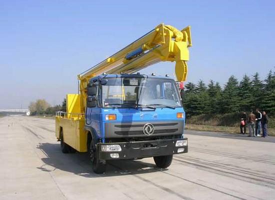 东风145型18-20米高空作业车