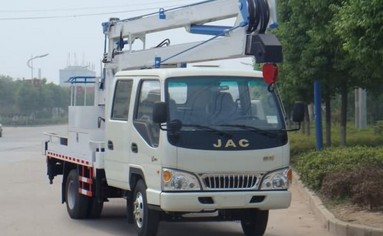 江淮威铃16-18米高空作业车