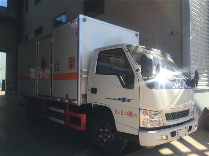 江铃易燃气体运输车价格
