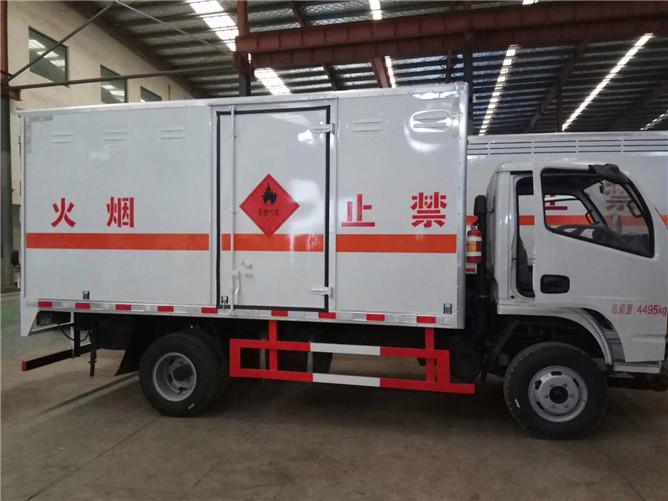 东风小多利卡易燃气体运输车