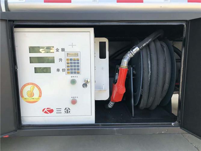 5.1立方解放加油车