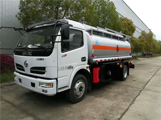 东风福瑞卡8吨加油车